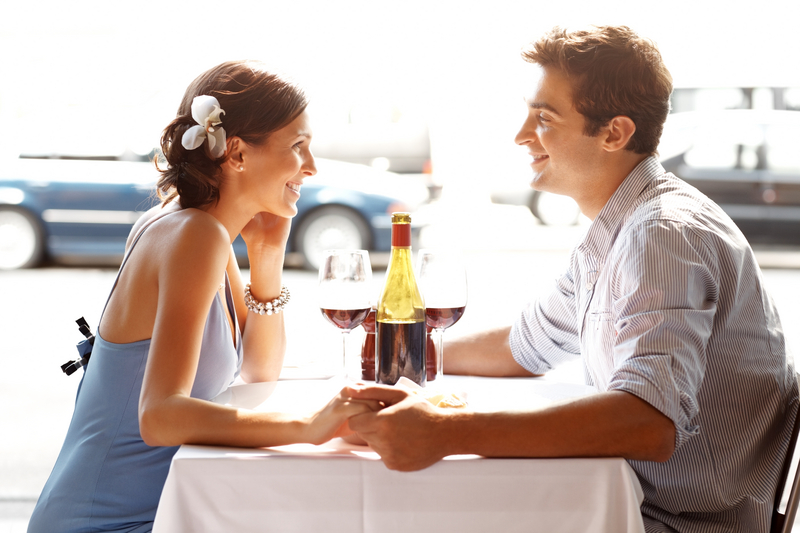 How to Date an Attractive Women Confidently | Beauty Blog | Food Blog |  Lifestyle Blog